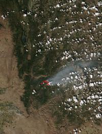Idaho's Pioneer Fire Heats Up