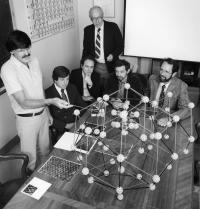 2011 Nobel Laureate Shechtman at NBS in 1985