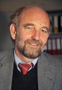Professor Dr. Christian R�ssel, Friedrich-Schiller-Universitaet Jena