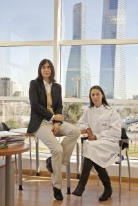 Maria Blasco and Mercedes Gallardo, Centro Nacional de Investigaciones Oncol�gicas (2 of 3)