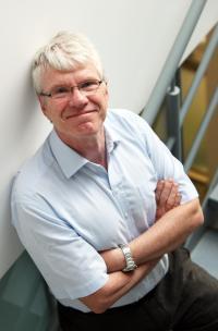 Mike Owen, Cadiff University