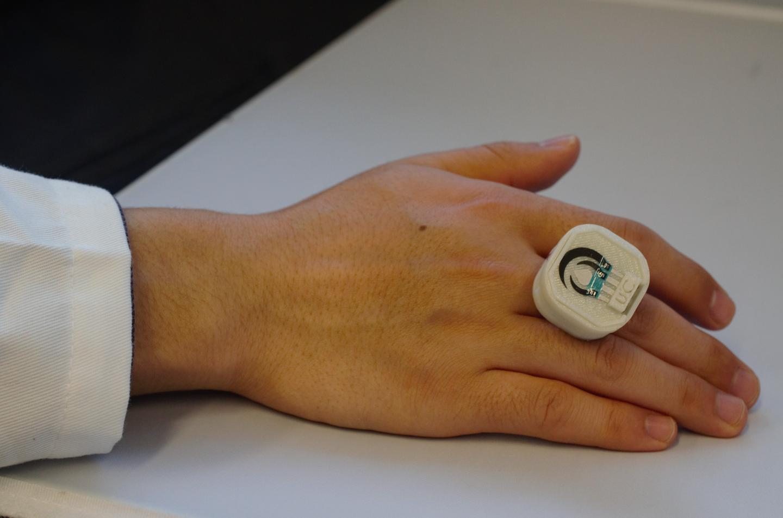 Lanzan anillo inteligente capaz de detectar enfermedades