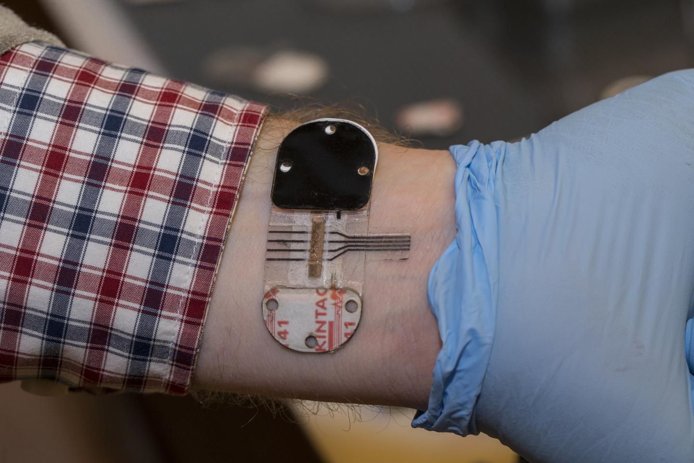 Sweat holds most promise for noninvasive testing | EurekAlert! Science News