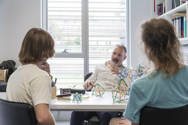 World-record quantum computing result for Sydney teams | EurekAlert! Science News