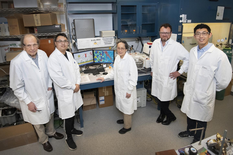 New core-shell catalyst for ethanol fuel cells   EurekAlert! Science News